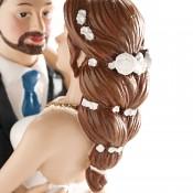 Nevěsta s květy ve vlasech
