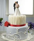 Svatební figurka na dortu