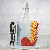 ukázka hasiče na dortu i s nevěstou