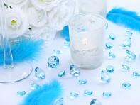 Tyrkysové diamanty na stole