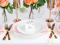 Svatební jmenovka s květem šípku
