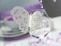 Motýlek jako dekorace na skleničce (neslouží jako jmenovka)