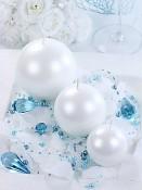 Ukázka aranžování bílých perleťových svíček