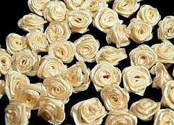 Růžička na svatební vývazek krémová 12 mm