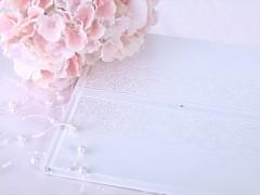 Kniha hostů bílá vytlačený ornament