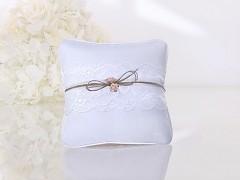 Polštářek pod prstýnky bílý krajka a champagne růžičky