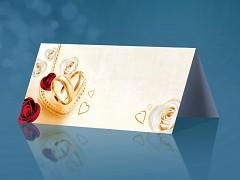 Svatební jmenovka krémová s růžičkami a prstýnky