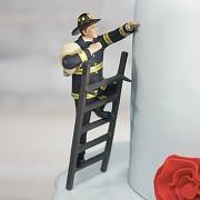 Figurka na svatební dort Ženich hasič