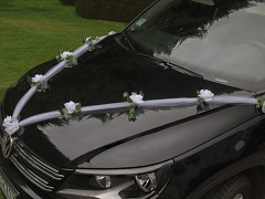 Šerpa na svatební auto tylová bílá s růžemi