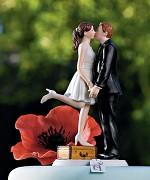 """Figurka na svatební dort """"Polibek a jsme fuč"""""""