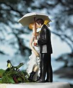 Figurka na svatební dort Nevěsta a ženich pod deštníkem