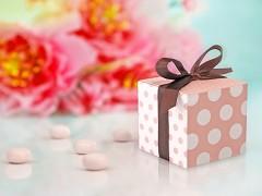 Krabička na svatební mandle s puntíky a mašlí 10 ks