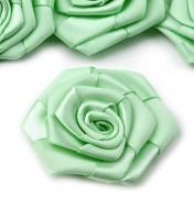 Saténová růže světle mátově zelená Ø 45 mm