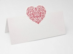 Svatební jmenovka burgundy srdce