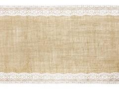 Jutová šerpa na stůl lemovaná krajkou 28 cm x 2,75 m