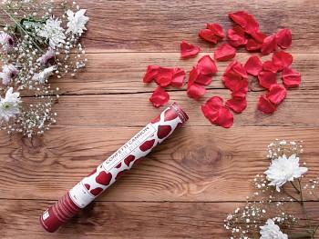 Vystřelovací konfety bordové plátky růží 40 cm