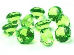 Diamanty jasně zelené 20 mm