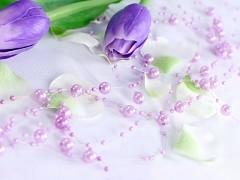 Perličky na silikonu světle fialové lila