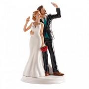 Nevěsta a ženich fotící selfie - svatební figurky