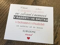 Cedulka se svatebními sliby s černo červeným textem
