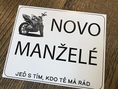 Cedulka SPZ na motorku Novomanželé silniční motorka