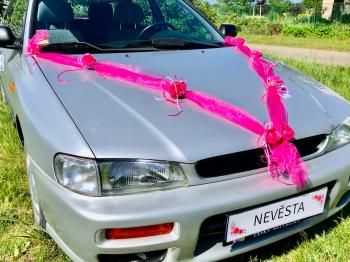 Šerpa na svatební auto sytě růžová se sytě růžovými kvítky