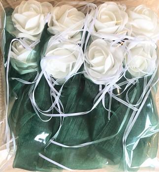 Šerpa na svatební auto smaragdově zelená s bílými kvítky