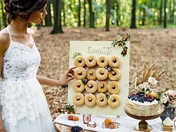 Stojánek na donutky